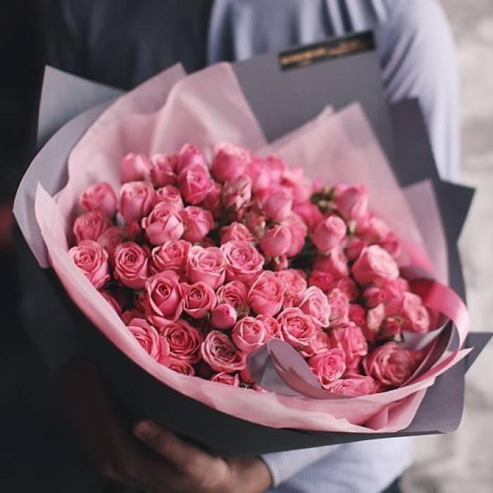 Большой букет 51 розовая кустовая роза R919